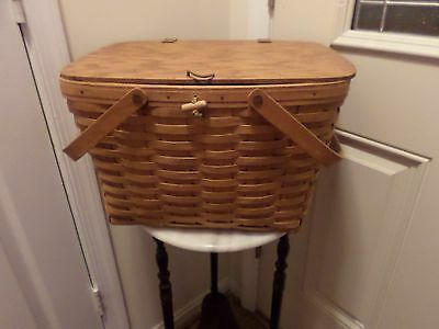 1993  Longaberger Retired  Large Picnic Basket With Protector