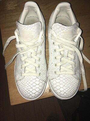 Ladies Adidas Stan Smith Trainers Size 4
