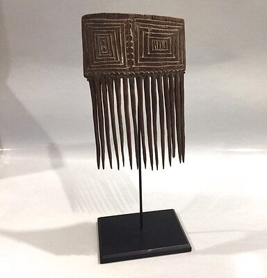 Antique Highland Papua New Guinea Men's Comb early 1900s Wood Carving