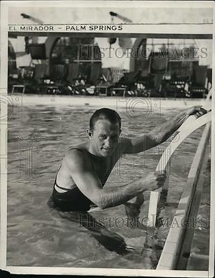 1933 Press Photo Ray Woods forty foot dive champion at Palm Springs CA
