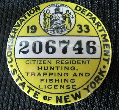 1933 New York Hunting Trapping & Fishng License Pinback Button
