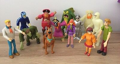 Scooby Doo Bundle Of Action Figures - Gang & Monsters - Baddies - Glow In Dark