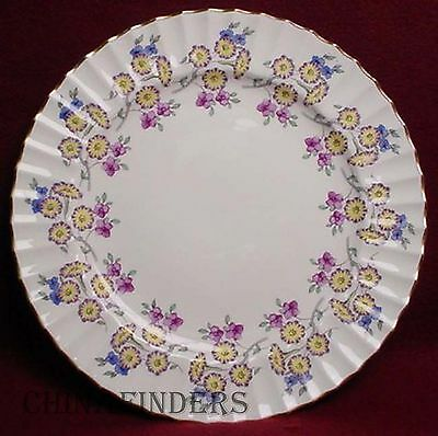 ROYAL WORCESTER china VALENTINE Z1949 pattern Dinner Plate  10-1/2""