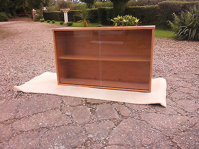 Bookcase: Lovely condition quality made double sliding door bookcase (REDUCED)