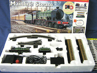 HORNBY MODEL RAILWAY R1032 LNER Mainline Steam OO TRAIN SET