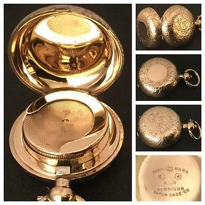 Lovely Foliate Engraved Dennison 9Ct Gold Cased Single Sovereign Case Circa 1910