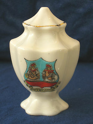 Arcadian Crested China Fluted Salt Cellar - Petworth