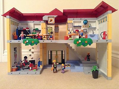 playmobil school 5923 (furnished) and school coach