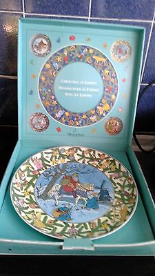 Villeroy and Boch Christmas in Europe - 'Holland' Wall Plate VGC -  Original Box