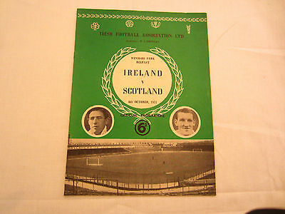 1951  INTERNATIONAL NORTHERN IRELAND v SCOTLAND