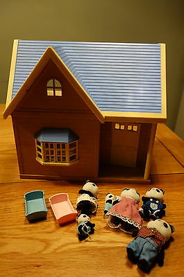 Sylvanian families house and family
