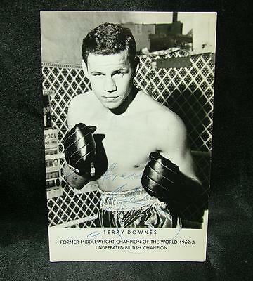 Genuine Signed Autographed Boxing Photograph Terry Downes British 1962 - Lot 55