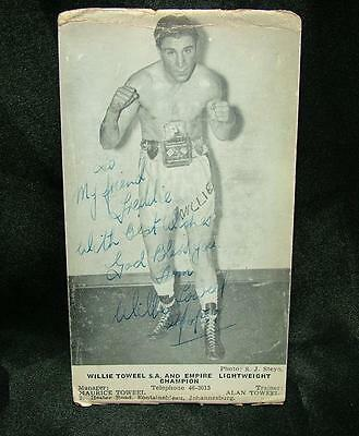 Genuine Signed Autographed Boxing Photograph Wille Toweel Empire L.weight Lot 57
