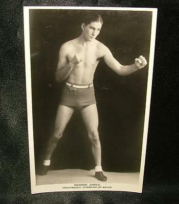 REAL 1930's BOXING PHOTOGRAPH POSTCARD GEORGE JAMES H.WEIGHT CHAMP WALES -LOT 86