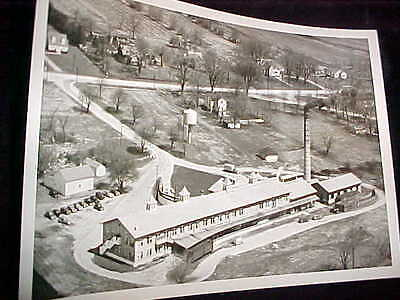 """Nice 5"""" X 7"""" Professional B&w Photograph Of Borden's Food Factory-Airview"""