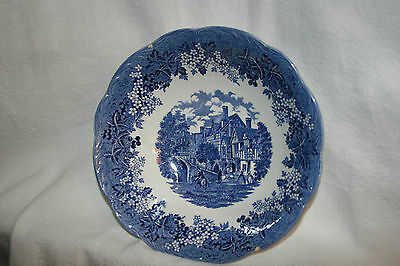 Romantic England Warwickshire West Gate Leicester Hospital Serving Bowl Meakin