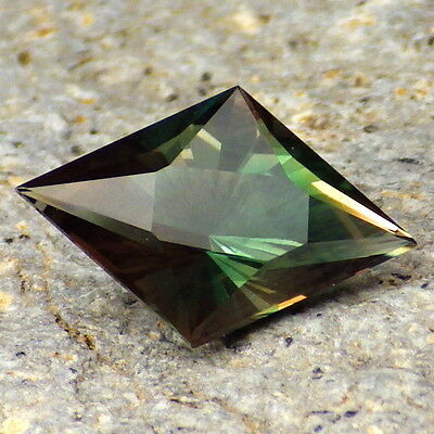 """""""INDICOLITE"""" BLUE-TEAL DICHROIC OREGON SUNSTONE 2.68Ct FLAWLESS-TOP INVESTMENT!!"""