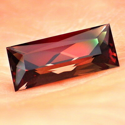"RED-GREEN ""MYSTIQUE"" OREGON SUNSTONE 3.20Ct FLAWLESS-FOR TOP JEWELRY-INVESTMENT"