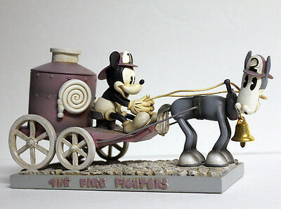 """Disney MICKEY MOUSE & Tanglefoot """"The Fire Fighters"""" ENGINE Statue Figurine Vtg"""