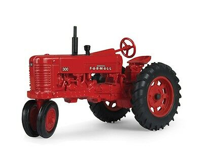 Case Ih Farmall 300 Narrow Front Series Tractor Diecast Scale 1/16 New