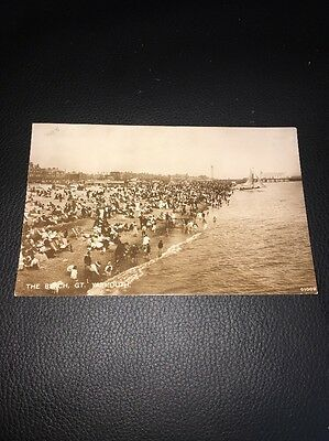Antique Postcard Of The Beach Great Yarmouth Norfolk