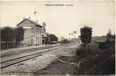 Old French Railway Postcard Railway Station Neuilly Peveque Unposted