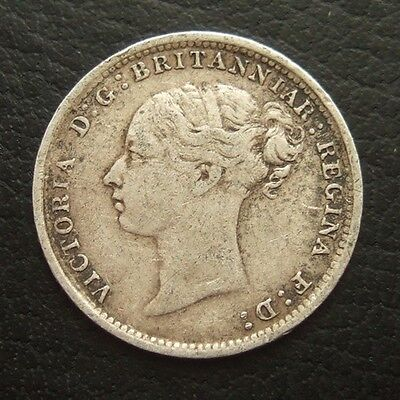 1886 VICTORIA YOUNG HEAD THREEPENCE : BRITISH .9250 STERLING SILVER COIN ..t121