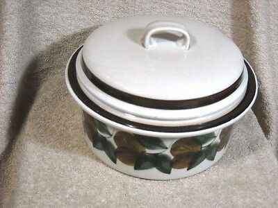 "Arabia ""Ruija Troubador"" Covered Casserole or Vegetable Bowl Finland"