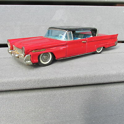 """LARGE - Japan Tin Friction Bandai Ford Lincoln """" RED """" Toy Car"""