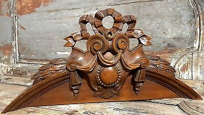 PEDIMENT ANTIQUE FRENCH CARVED WOOD BOW COAT OF ARMS SALVAGED CREST 19 th 26 in