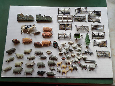 COLLECTION OF VINTAGE LEAD FARMYARD ANIMALS,  FENCES, GREENERY - BRITAINS etc