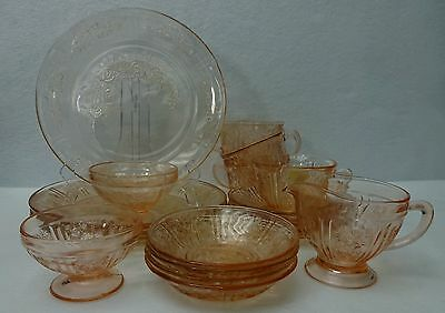 FEDERAL Glass SHARON / CABBAGE ROSE Pink 19-piece SET SERVICE for Four (4)