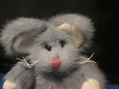 TY stuffed and jointed toy grey mouse 1993