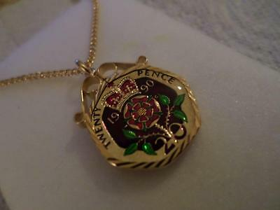 Vintage Enamelled 20 Pence Coin 1990 Pendant & Necklace. Birthday Xmas Present