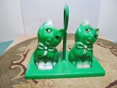 Cute unbranded green & white kitty cat salt & pepper shakers with stand/holder.