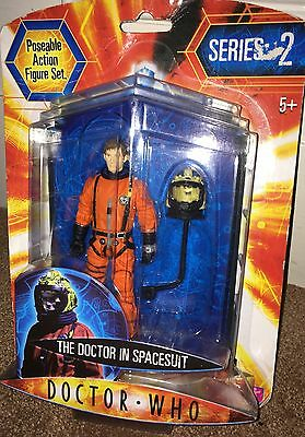 Dr Who Series 2 Doctor Who In Spacesuit Poseable Action Figure Set