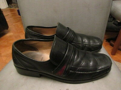 Black leather shoes size uk 9.5 wide fit by Clarks