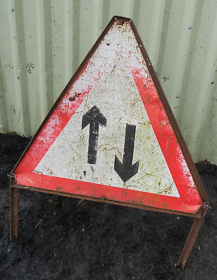 METAL Free STANDING Highway A-BOARD ROADSIGN Road Sign - DIRECTION TRAFFIC ARROW