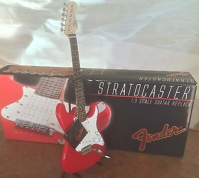 GMP Fender Stratocaster Red Guitar Die-Cast 1:3 scale - w/display stand Licensed