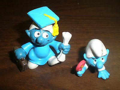 Vintage 1980 Wallace Berry Rubber Smurfs New old stock