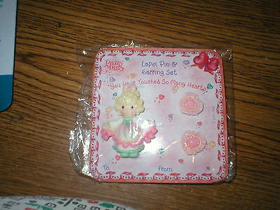 NEW in Package Girls Precious Moments Brand Lapel Pin & Earring SET