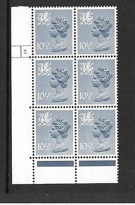 Wales - 10½p - XW41 - cylinder block of 6 - cyl 3 DOT ph 30  - unmounted mint