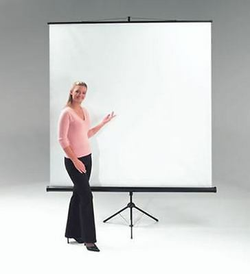 metroplan ET1001 - Portable projection screen with tripod base. Fully height...