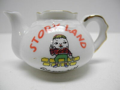 Collectible STORY LAND in Glen, New Hampshire Small Souvenir Teapot
