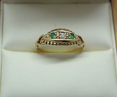 Beautiful Antique 9ct Gold Emerald And Diamond Gypsy Ring