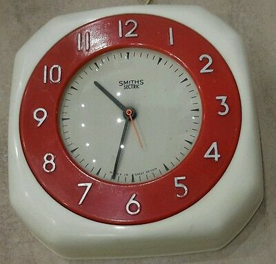 1960's White & Red Smiths Sectric bakelite electric clock