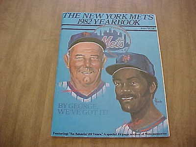 1982 New York Mets Official Baseball Yearbook