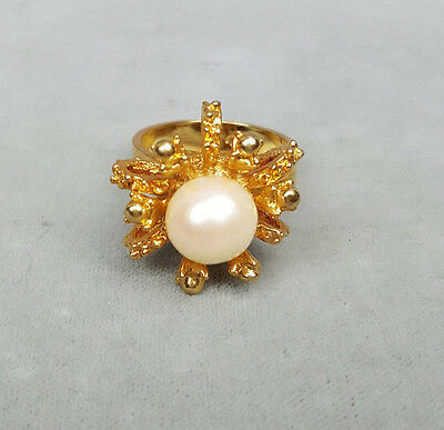 Vintage ring Uncas large faux pearl with gold-tone coral branches adjustable