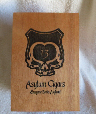 ASYLUM 13 CONNECTICUT 52 x 6 WOOD CIGAR BOX -  NICE!
