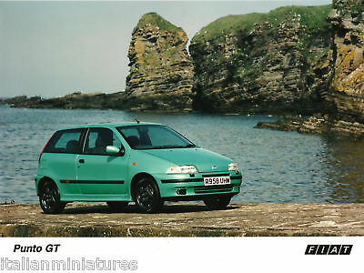 """Fiat Punto GT Mk1 """"By the Sea"""" Photograph Mint Condition"""